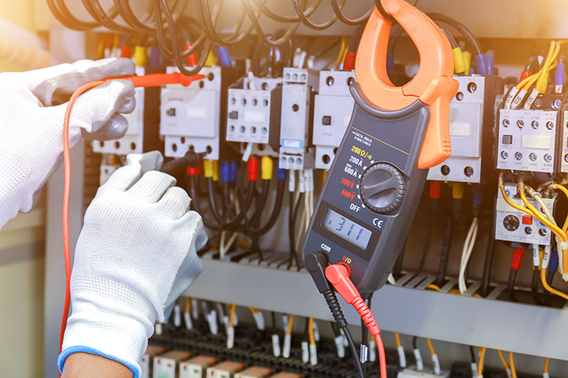 How To Become An Electrician in Rotherham South Yorkshire